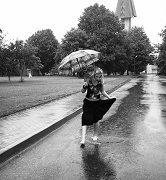 La lluvia nunca borrará tus huellas.